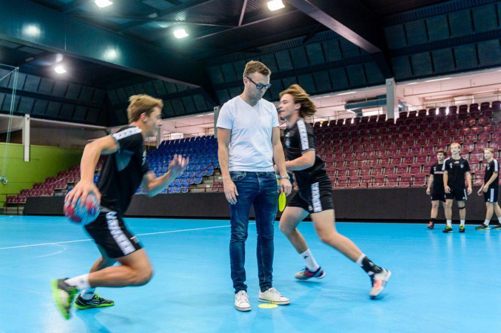 Handboll med Nationell Idrottsutbildning