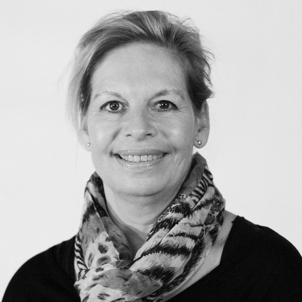 Paulsson, Katharina