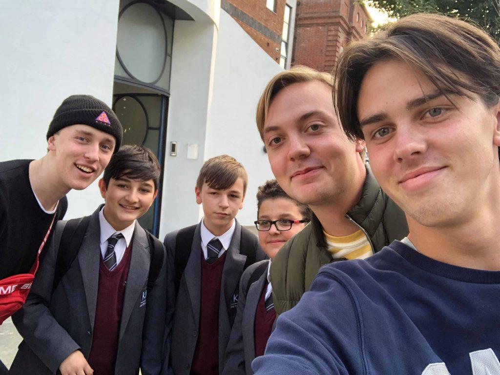 Gustaf, Albin & Johan samt 3 skolelever från London!